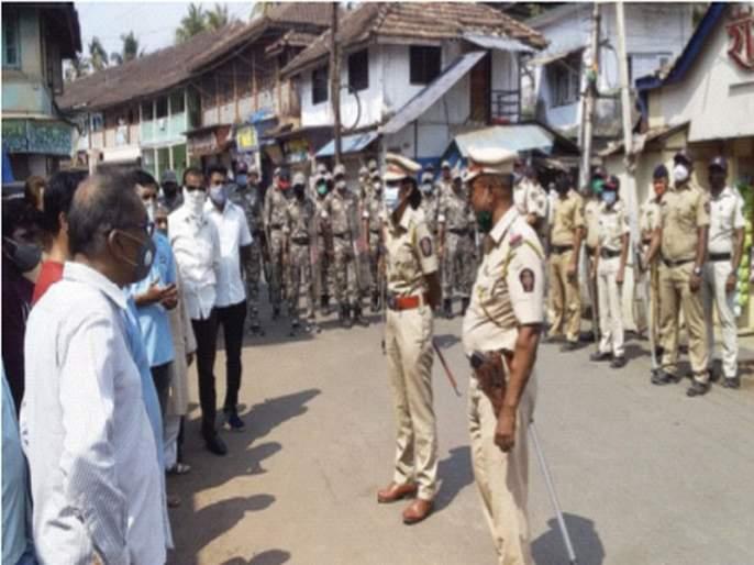Filed a case against 'that' fruit seller in Murud | मुरूडमध्ये 'त्या' फळविक्रेत्यावर गुन्हा दाखल