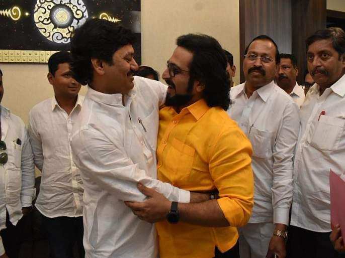 'Dhananjay Munde's 25 Years Hard Work result in victory, Amol kolhe thanks parli | 'धनंजय मुंडेंच्या 25 वर्षांच्या कष्टाचं फळ', अमोल कोल्हेंकडून परळीकरांचे आभार