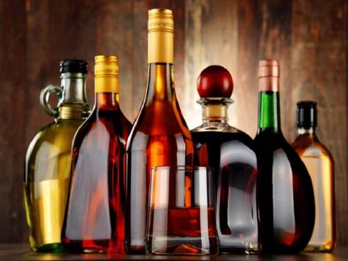 Maharashtra Election 2019: Alcohol supply increased in the final phase; Candidates hold stock for the workers | Maharashtra Election 2019: अंतिम टप्प्यात दारुचा महापूर; उमेदवारांनी कार्यकर्त्यांसाठी करुन ठेवला स्टॉक