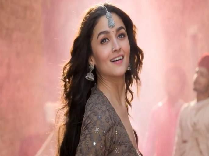 Alia Bhatt says, 'My competition with myself!' | आलिया भट्ट म्हणते,'माझी स्पर्धा स्वत:शीच!'