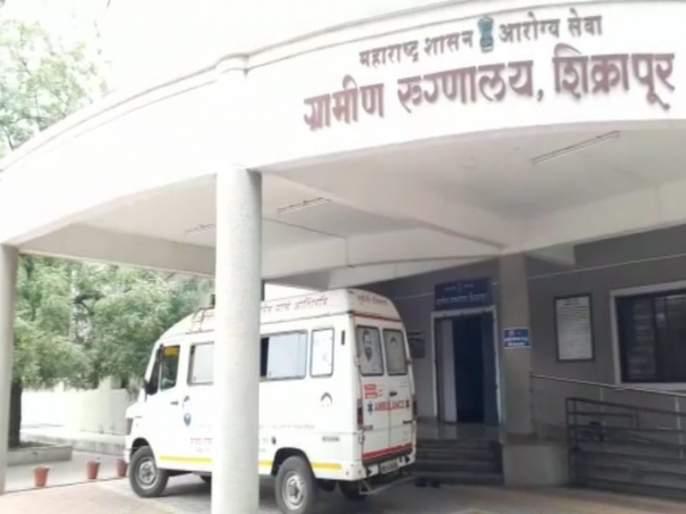 One death in ambulance due to lack of timely treatment | वडील वाचावे म्हणून 'त्याने' जीवाचा आटापिटा केला ! पण वेळीच उपचार मिळू न शकल्याने रुग्णवाहिकेतच मृत्यू
