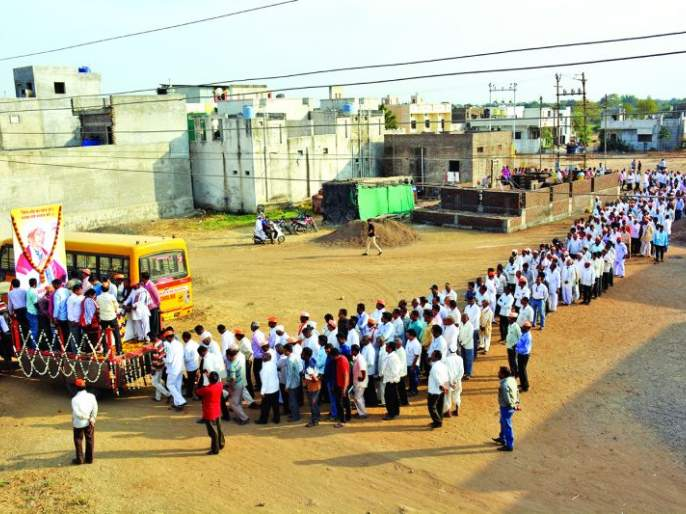 National Kirtankar Amale Maharaj merged the infinity   राष्ट्रीय कीर्तनकार आमले महाराज अनंतात विलीन