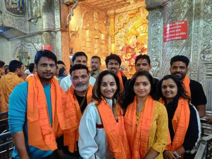 Ananya Marathi Movie shooting begins | 'अनन्या'सिनेमाचा मुहूर्त संपन्न, शूटिंगला सुरूवात