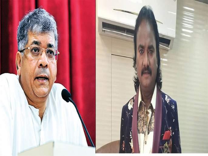 Marathi artists should get Gharkul from Government: Anand Shinde | तर...प्रकाश आंबेडकरांच्या पराभवाचा कलंक मला लागला असता