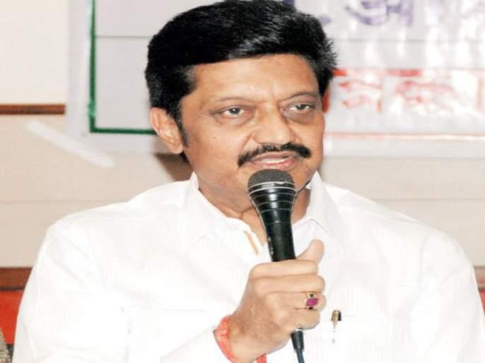 BJP's first public meeting in Pune: Girish Bapat Anil Shirole   तुम्हारे जीत से ज्यादा चर्चे तो मेरे हार के है !