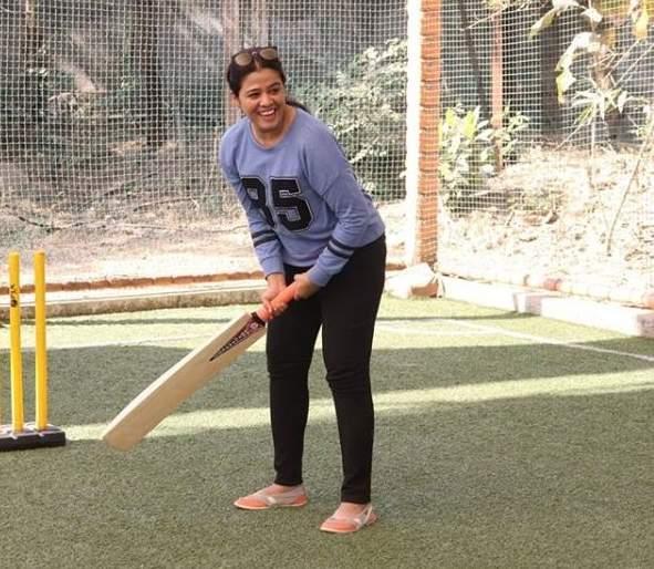 Radhika is in full form -majhya navraychi baayko   'माझ्या नवऱ्याची बायको'मधील राधिकाची तुफान बॅटिंग