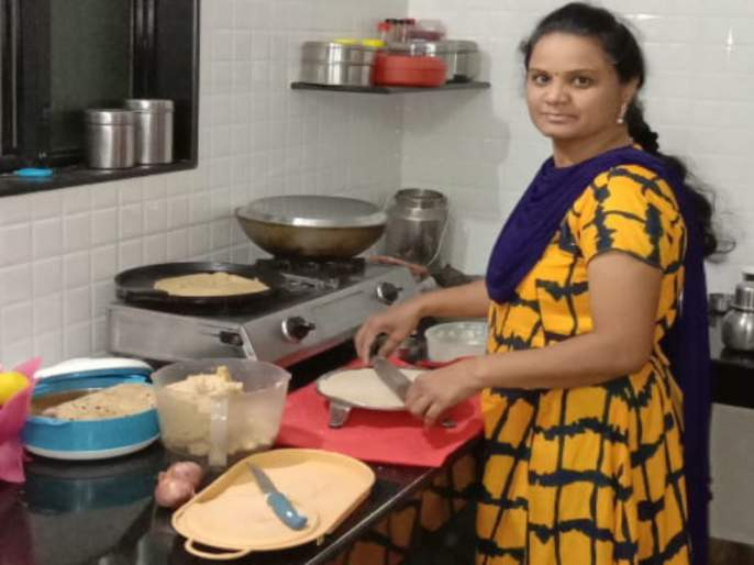 World Food Day: she provides free food service for hospitalized patients | World Food Day : त्यांचं पोट भरलं की 'तिचं' मन भरतं