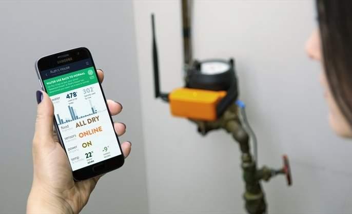 Now the water from Solapur is checked by the mobile app | आता सोलापुरातील पाण्याची तपासणी मोबाईल अॅपद्वारे