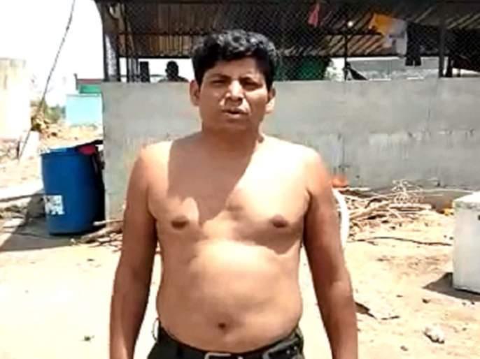 Until the Modi government stepped down, he was going to be half-nude, but now ... | मोदी सरकार पायउतार होईपर्यंत 'तो' अर्धनग्न राहणार होता, पण आता...