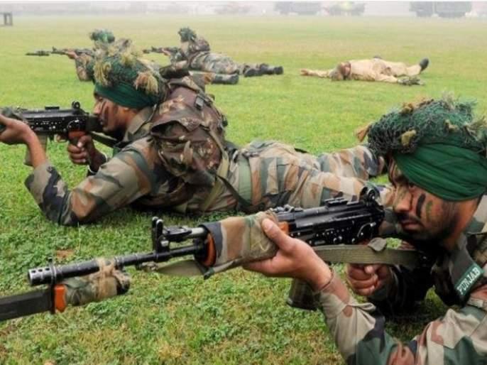 Security reduction in security forces; Shatrughan Sinha's attack on Modi government | 'सैन्यदलातील कपात म्हणजे सुरक्षेशी तडजोड'