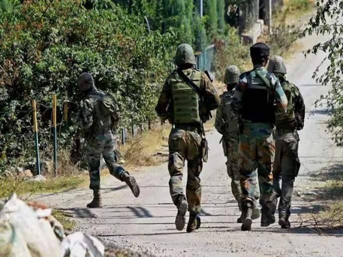 Three militants killed in Kashmir | काश्मिरात तीन दहशतवादी ठार; ओळख अद्याप पटू शकलेली नाही