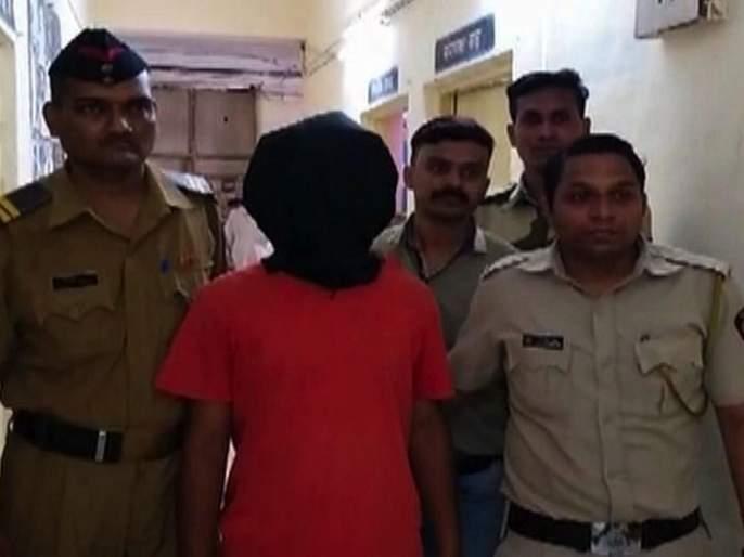 Shocking TC beats at Kopar railway station; Passenger arrested | धक्कादायक! कोपर रेल्वे स्थानकात टीसीला मारहाण; प्रवाशाला बेड्या