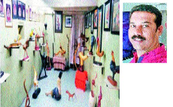 Uncooked museum of Chincholi branch with the help of Government: Ashok Jadhav's initiative - World Museum Day Special | शासनाच्या मदतीशिवाय चिंचोलीत काष्ठशिल्पांचे अनोखे संग्रहालय-: अशोक जाधव यांचा उपक्रम-जागतिक संग्रहालय दिन विशेष