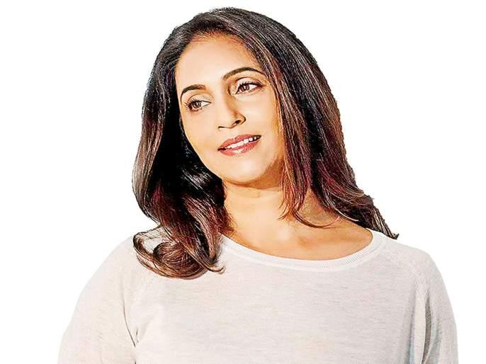Ashvini Bhave recalls what happend when she received a call from India asking if she would like to make a comeback. | ...अन् दहा वर्षांच्या दुराव्यानंतर मी पुन्हा कॅमेऱ्यासमोर परतले; सांगतेय अश्विनी भावे