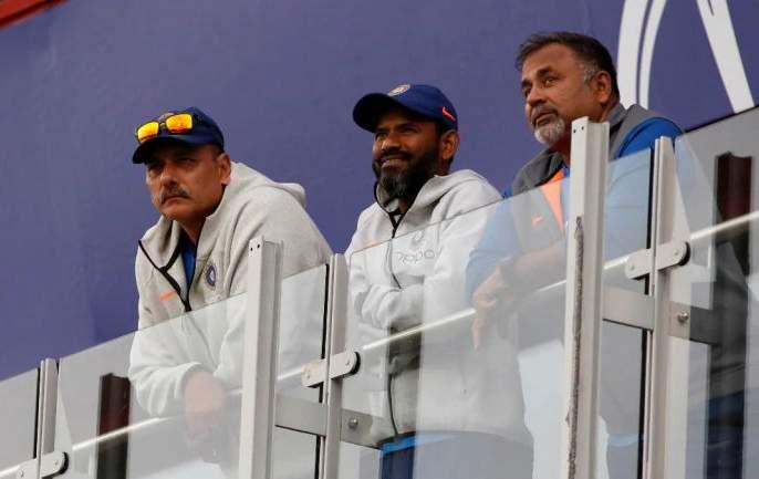 who is now the top three in India's assistant coach race   भारताच्या सहाय्यक प्रशिक्षकपदाच्या शर्यतीत आहेत तरी कोण, आता तिघांमध्येच चुरस
