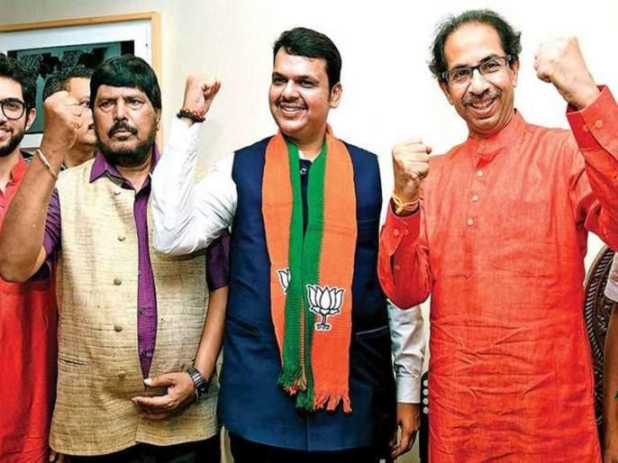 make alliance with bjp central minister ramdas athawale gives offer to shiv sena | आठवलेंनी सुचवला '२-३' चा फॉर्म्युला; भाजपसोबत येण्यासाठी शिवसेनेला साद