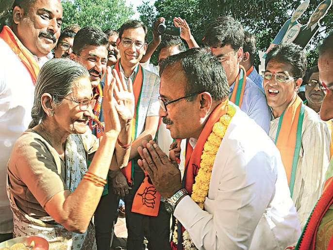 Maharashtra Election 2019 : Atul Save giving 16 hours a day for campaigning | Maharashtra Election 2019 : प्रचारासाठी अतुल सावे देत आहेत दिवसातील १६ तास