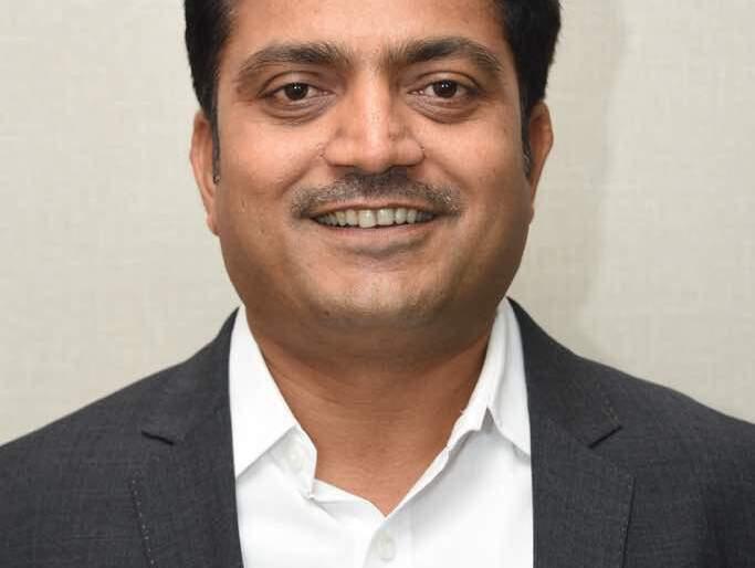 Intarview; Solapur responded, I worked: Avinash Dhakane | Intarview; सोलापूरकरांनी प्रतिसाद दिला, मी काम केले : अविनाश ढाकणे