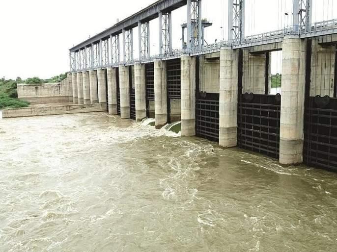 not suitable role of Telangana regarding the water of Babhali Dam | बाभळी बंधाऱ्याच्या पाण्याबाबत तेलंगणाची अडेलतट्टू भूमिका