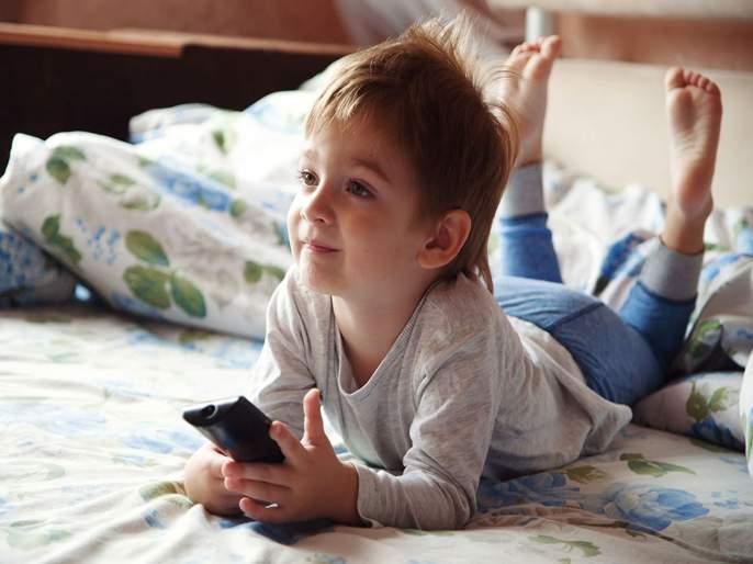 Television in bedroom hampering children growth | पर्सनल टिव्हीमुळे मुलांच्या आरोग्यावर होतात वाईट परिणाम - रिसर्च