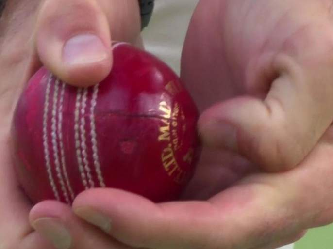 Ball tempering in India; How many years will the ICC ban ... | भारतामध्ये तिसऱ्या सामन्यात झाली चेंडूशी छेडछाड; कोण आहे खेळाडू, जाणून घ्या...