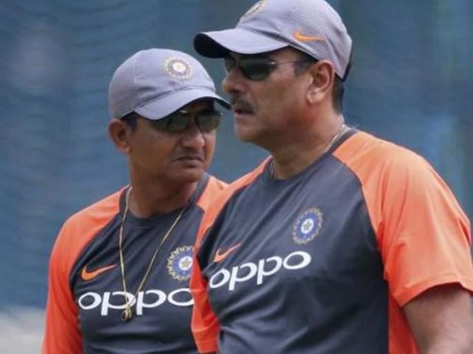 ICC World Cup 2019 : Ravi Shastri-led support staff receives extension, Sanjay Bangar comes under scanner after India's WC exit   ICC World Cup 2019 : उपांत्य फेरीतील पराभवानंतर संजय बांगरची 'विकेट'? शास्त्री गुरुजींना 'एक्स्टेन्शन'