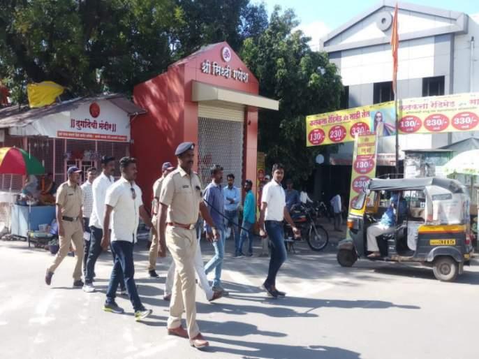 hit to police by accused in the Baramati City | बारामती शहर पोलीस ठाण्यात पोलीस उपनिरीक्षकासह, कर्मचाऱ्यालाच मारहाण