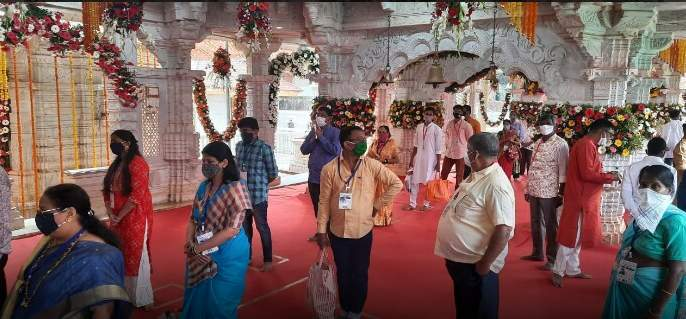 Anganwadi Yatra starts from 4 am in excitement! | आंगणेवाडी यात्रेस पहाटे ४ पासून उत्साहात प्रारंभ!