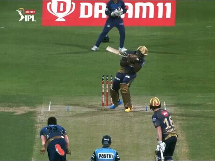 MI vs KKR Latest News : Nazar hati durghatana ghati!; Jasprit Bumrah take KKR andre Russell wicket, Video | MI vs KKR Latest News : नजर हटी, दुर्घटना घटी!; जसप्रीत बुमराहनं चतुराईनं घेतली आंद्रे रसेलची विकेट, Video