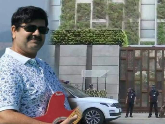 Suspicious death of owner mansukh hiren of car found outside mukesh Ambani's house | अंबानींच्या घराबाहेर सापडलेल्याकारच्या मालकाचा संशयास्पद मृत्यू