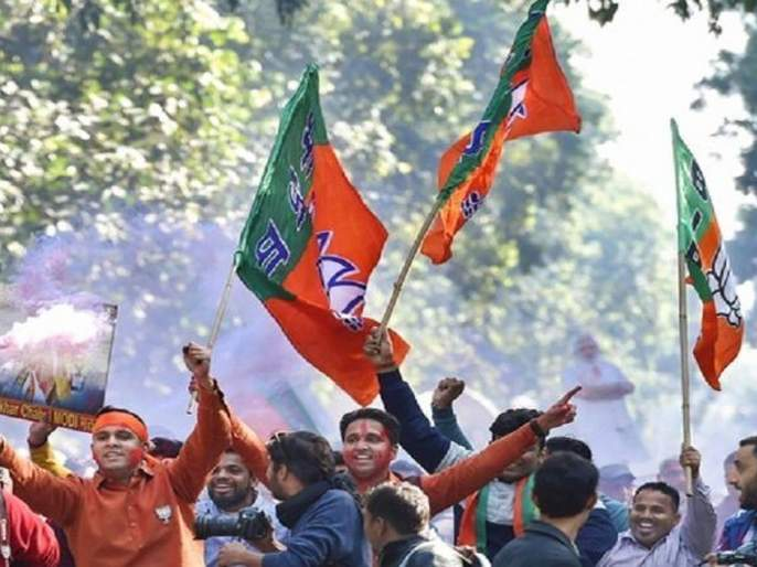 maharashtra election 2010 48 percent people says bjp will retain power predicts opinion poll | Opinion Poll: भाजपाचीच 'दिवाळी'; तब्बल ४८ टक्के मतदारांचा कौल 'कमळा'ला!