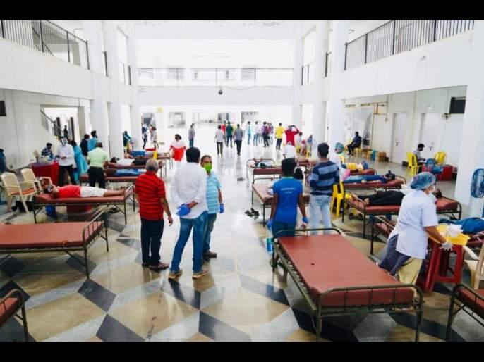 corona virus: Ranji cricketers take a part in blood donation camp in vasai virar   Corona Virus News : खेळाडू बनले योद्धे!; कोरोनाविरोधात रणजी क्रिकेटपटू उतरले मैदानात