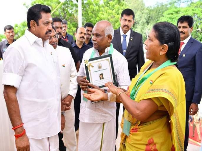 tamilnadu cm presented bravery award to elderly couple who fought with robbers   चोरट्यांना चोपणाऱ्या धाडसी आजी-आजोबांना शौर्य पुरस्कार