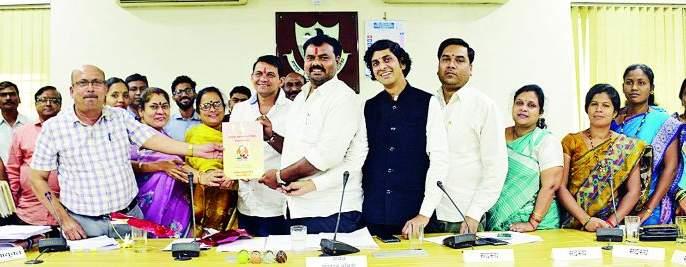Nagpur Municipal Transport Department's budget of 281.99 crores | नागपूर मनपा परिवहन विभागाचा २८१.९९ कोटींचा अर्थसंकल्प