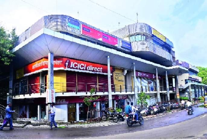 73 crore loan taken by the contractor on Kolhapur Municipal Corporation's 'Merchant Packages' | कोल्हापूर महापालिकेच्या 'व्यापारी संकुला'वर ठेकेदाराने काढले ७३ कोटींचे कर्ज