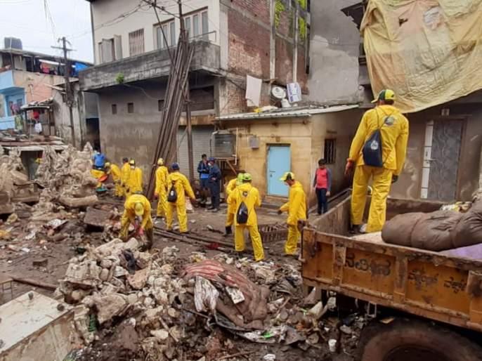 KDMG through Kolhapur collection of 150 thousand tonnes of waste | केडीएमजीच्या माध्यमातून कोल्हापूरातील तब्बल दीडहजार टन कचऱ्याचा उठाव