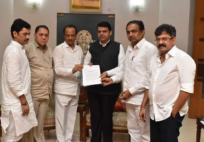 Give a one-time subsidy of 25,000 to the farmers, NCP to Chief Minister devendra fadanvis | शेतकऱ्यांना एकरी 25 हजार अनुदान द्या, राष्ट्रवादीचे मुख्यमंत्र्यांना निवेदन