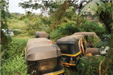 Confiscation vehicles awaiting verdict became wreckage | निकालाच्या प्रतीक्षेत असलेली जप्तीची वाहने बनली भंगार