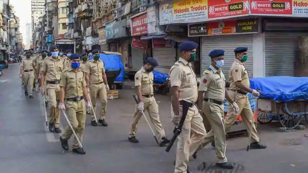 Tight security for elections in the district   निवडणुकांसाठी जिल्ह्यात तगडा बंदोबस्त