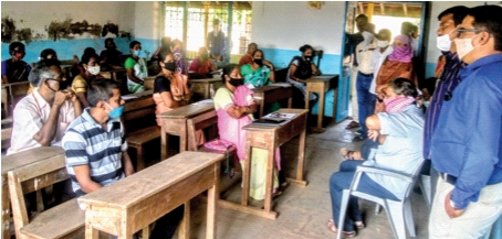 229 school bells rang in Raigad district   रायगड जिल्ह्यात वाजली 229 शाळांची घंटा