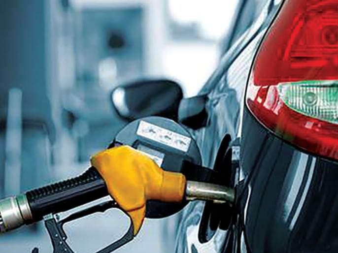 Oil companies decide to close cashback discount on fuel purchases by card   कार्डाने इंधन खरेदीवरील कॅशबॅक सवलत बंद करण्याचा तेल कंपन्यांचा निर्णय