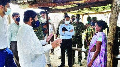 Eknath Shinde visits sensitive area near Chhattisgarh border | छत्तीसगड सीमेनजीकच्या संवेदनशील परिसराला एकनाथ शिंदे यांची भेट