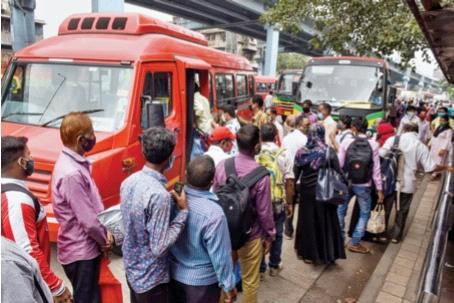 Best's daily earnings are Rs 2 crore; Passengers do not follow the rules   बेस्टची दररोजची कमाई दोन कोटी; प्रवाशांकडून होत नाही नियमांचे पालन
