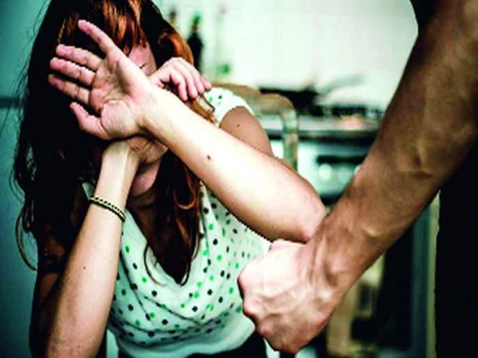 The house utensils caused by Corona; Increase in domestic violence worldwide | कोरोनामुळे वाजायला लागली घराघरातली भांडी; जगभरात घरगुती हिंसाचारात वाढ