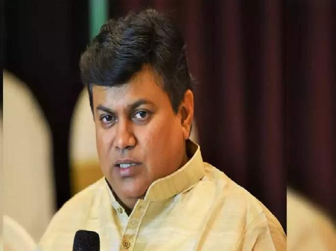 A phone call from Guardian Minister Uday Samanta in the middle of the night helped the youth of Pune | मध्यरात्री पालकमंत्री उदय सामंताचा एक फोन अन् संकटात सापडलेल्या तरूणांना मोलाची मदत