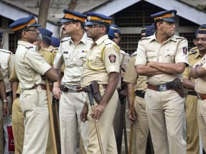 single police for three and a half hundred Mumbaikars | साडेतीनशे मुंबईकरांसाठी एक पोलीस