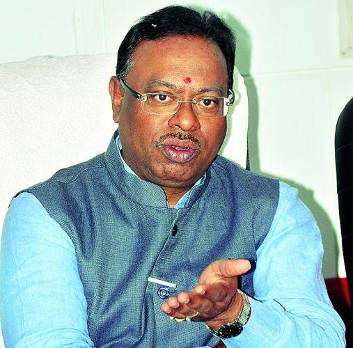 DPC funding deduction will keep away development: Chandrasekhar Bawankule | डीपीसी निधी कपातीने विकास रखडणार: चंद्रशेखर बावनकुळे