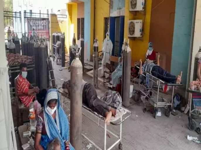 """shortage of oxygen and beds junior doctor told critical situation of biggest hospital in chhattisgarh   """"आम्ही हतबलपणे कोरोना रुग्णांना मरताना पाहतोय""""; एका दिवसात १०७ मृत्यू झालेल्या छत्तीसगडमधील भीषण वास्तव"""