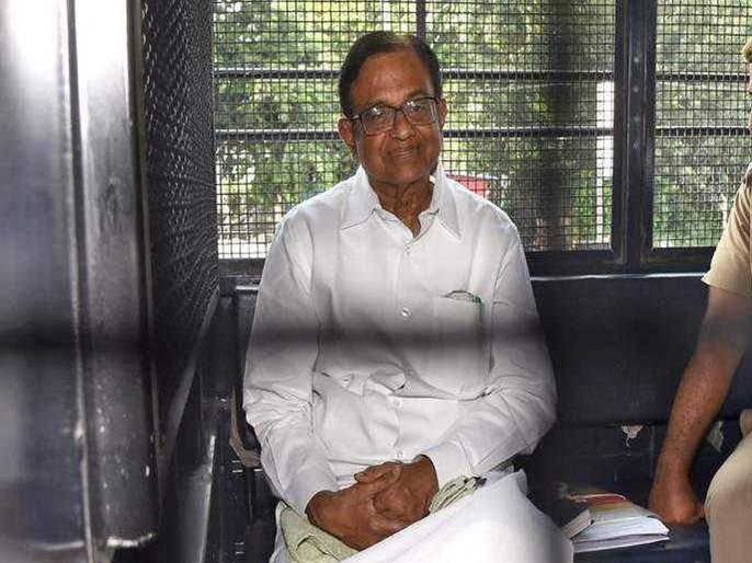 Sonia Gandhi, Manmohan Singh to meet Chidambaram   चिदम्बरम यांच्या भेटीला सोनिया गांधी, मनमोहनसिंग