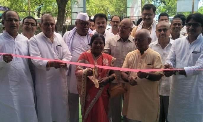 The same festival in New Village in Chalisgaon | चाळीसगावात नवीन उपक्रम वही महोत्सव